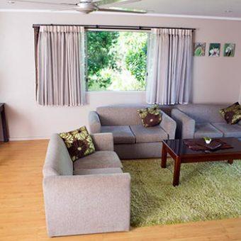Deluxe-Villa-Living-Area_Villa-6_sml