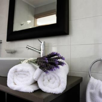 Superior-Villa-Bathroom-4_sml