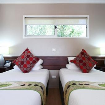 Superior-Villa-Twin-Bedroom_sml